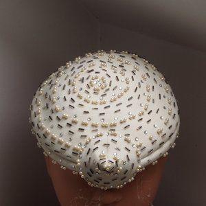 Arnold Constable5thAve VTG Embellished Netting Hat